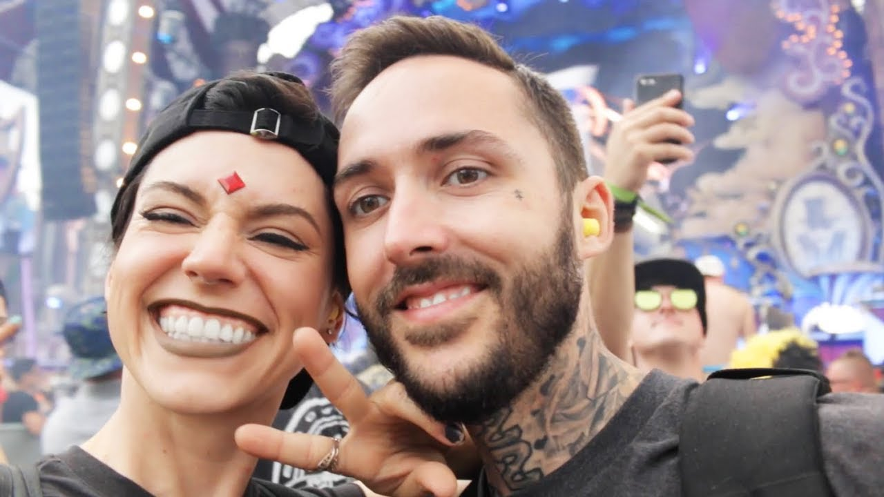 10 Reasons to Add TOMORROWLAND To Your Bucket List!
