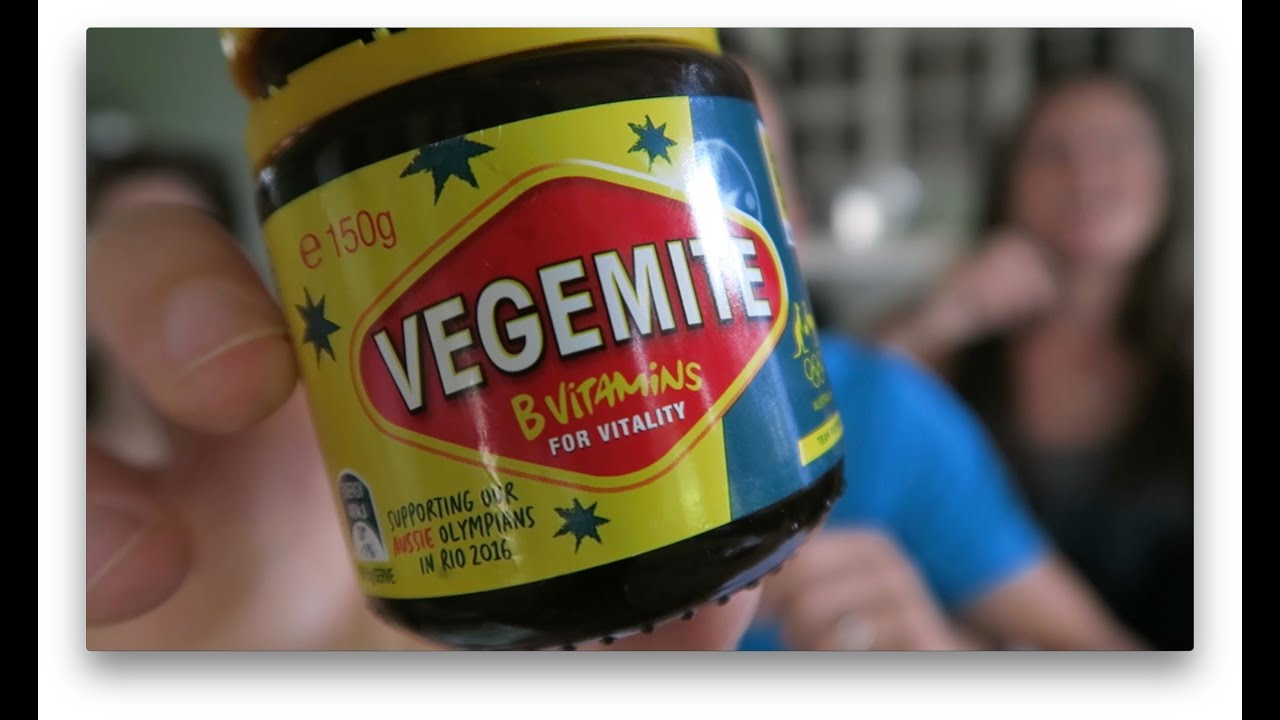 Eating Vegemite CORRECTLY! (Mini Vlog)