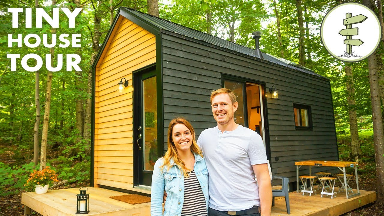 Open Concept Tiny House with Clever Custom Furniture – Off Grid Home Tour