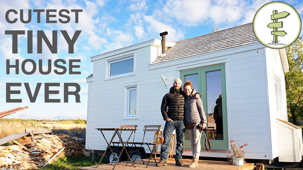 Tiny House with Incredible Interior Design Built in 40 Days!